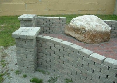 Retaining Wall with End Posts